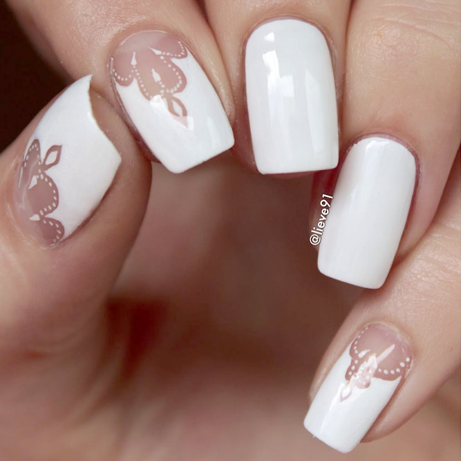Trendy White Nail Polish Designs picture 1