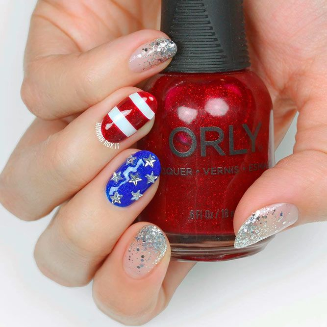 Nail Design For 4th Of July With Negative Space