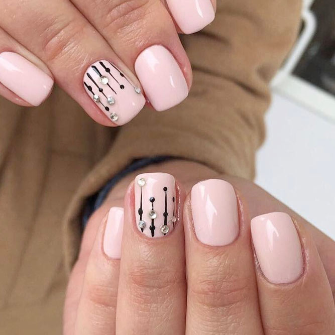 Delightful Short Nail Designs picture 1