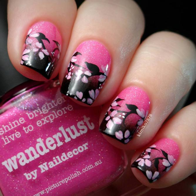 Cute Flower Designs for Short Nails picture 3