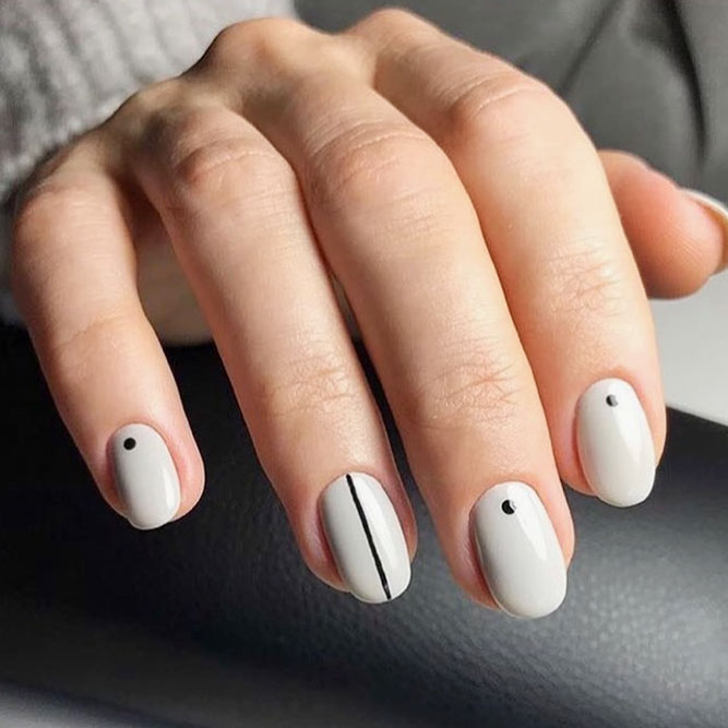 Minimalistic Designs For Round Nails picture 3