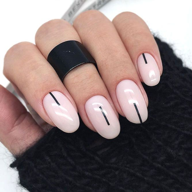 Minimalistic Designs For Subtle Mani