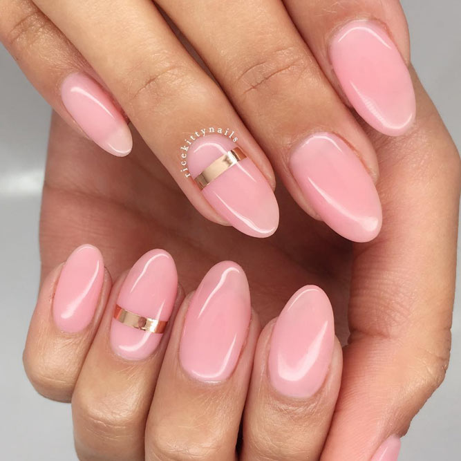 Trendy Nude Colors for Rounded Nails picture 2