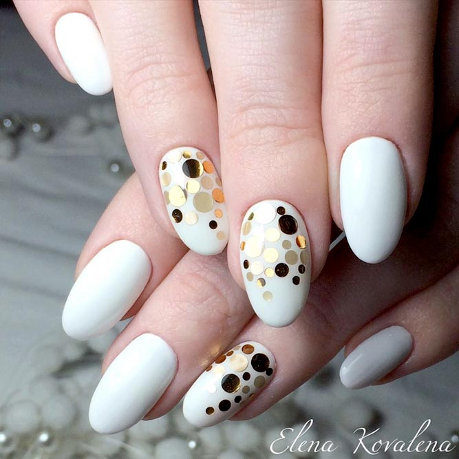 Stunning Round Nails Art picture 2
