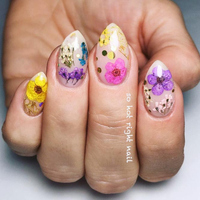 Short Pointy Stiletto With Sweet Dried Flowers #nudenails #driedflowernails