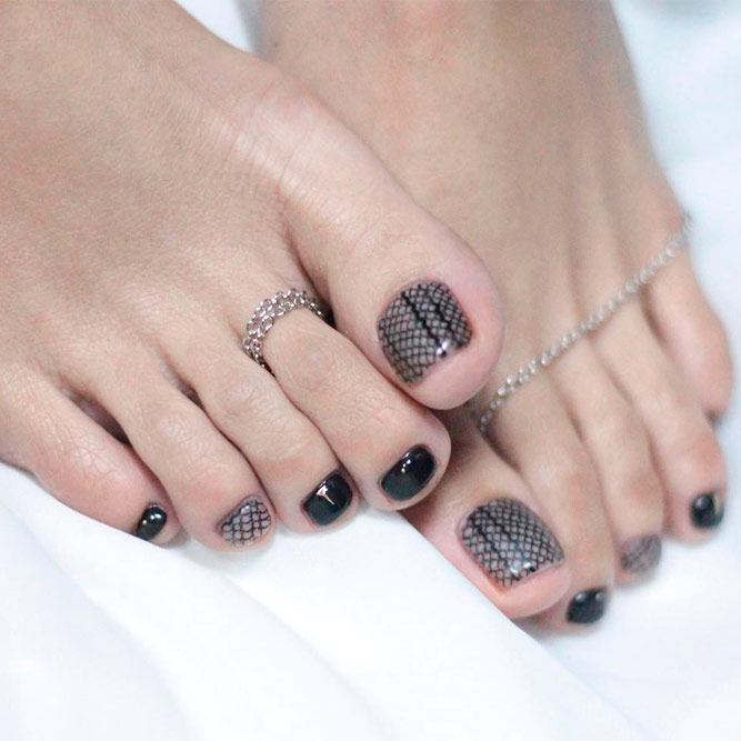 Dark Toe Nail Designs picture 2