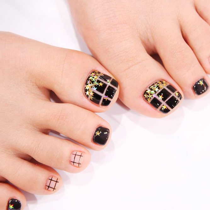 Toe Nail Designs with Lines picture 2