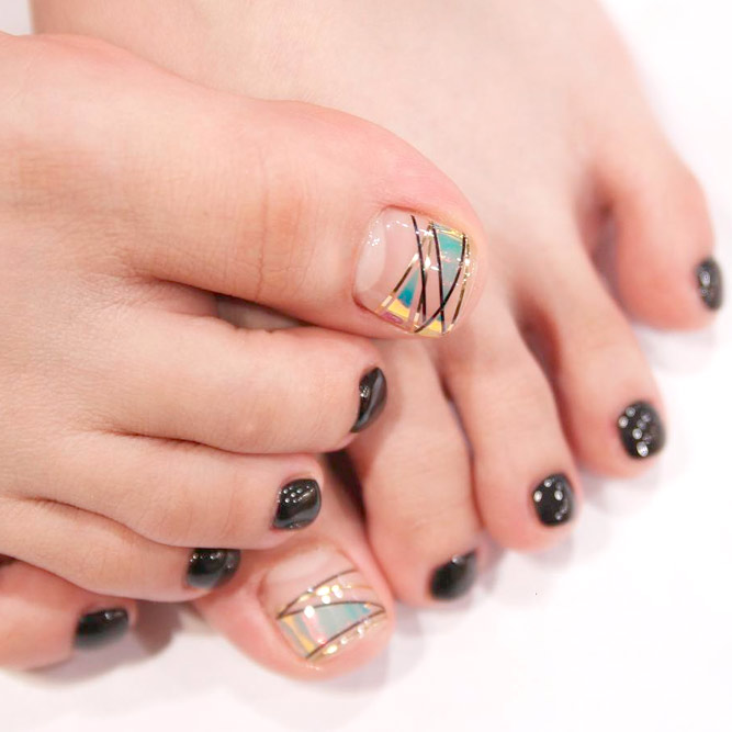 Toe Nail Designs with Lines picture 3
