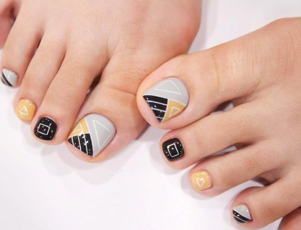 Gorgeous Toe Nail Design Ideas