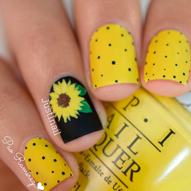 Sweet Floral Nail Art picture 3