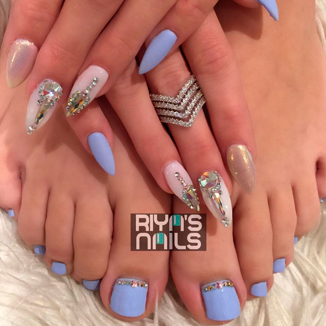 Perfect Combo Of Mani And Toe Nail Designs #rhinestonesnails #perfecttoenailsdesigns
