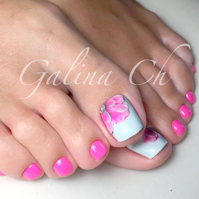 Adorable Toe Nails Art picture 1
