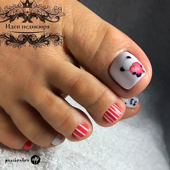 Cute Striped Toe Nail Designs With Hand Painted Art #toenailart #toenaildesigns