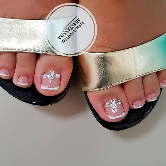 45 Pretty Nail Designs For Toes Naildesignsjournal