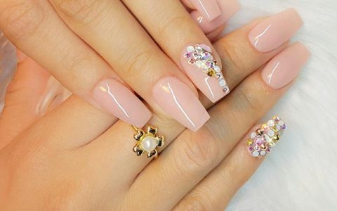 Cute Nude Pink Nails to Follow Trends This Summer