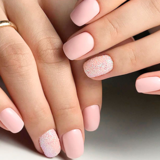 Sweety Pink Short Nails Picture 3