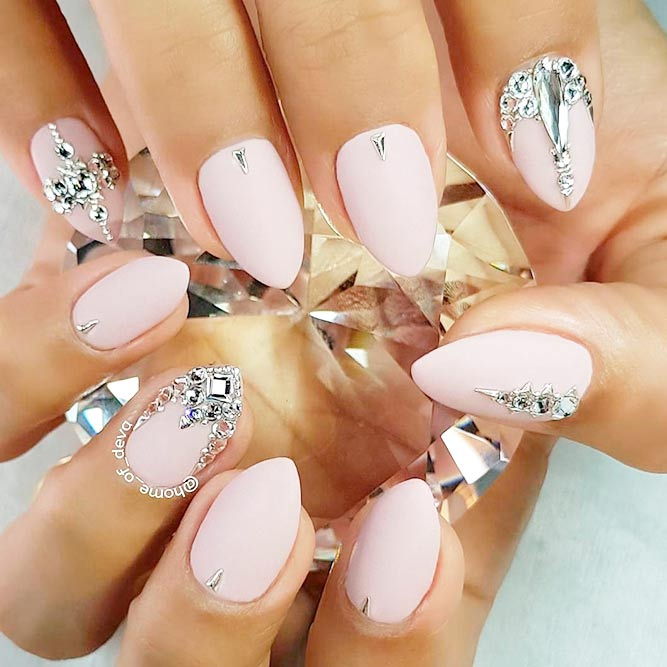 Lovely Nude Pink Nails Designs picture 2