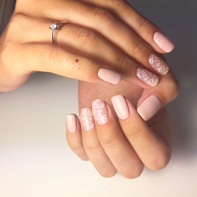 Elegent Nude Pink Nails picture 1
