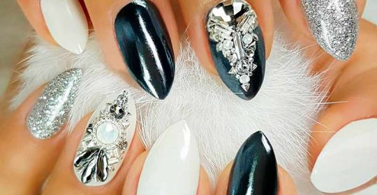 Sassy Nails Designs to Finish Your Trendy Look