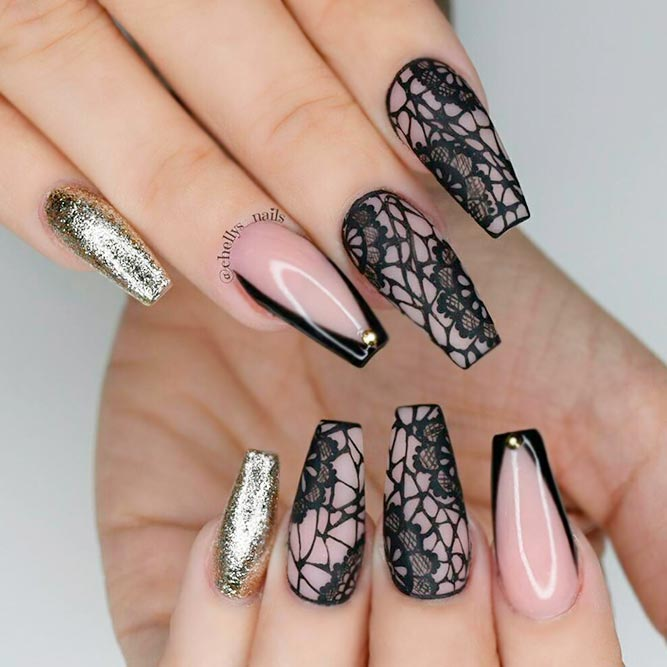 Incredible Black Nail Art picture 3