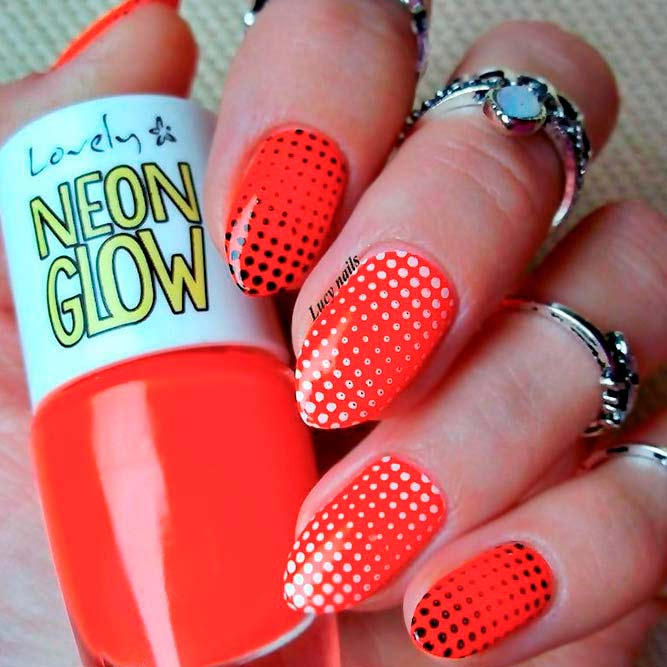 Stylish and Bright Nails picture 1