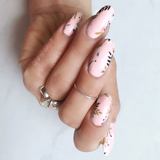 Blush Nails With Cute Flowers Designs To Feel Like A Princess #ovalnails #longnails #floralnails #flowernails