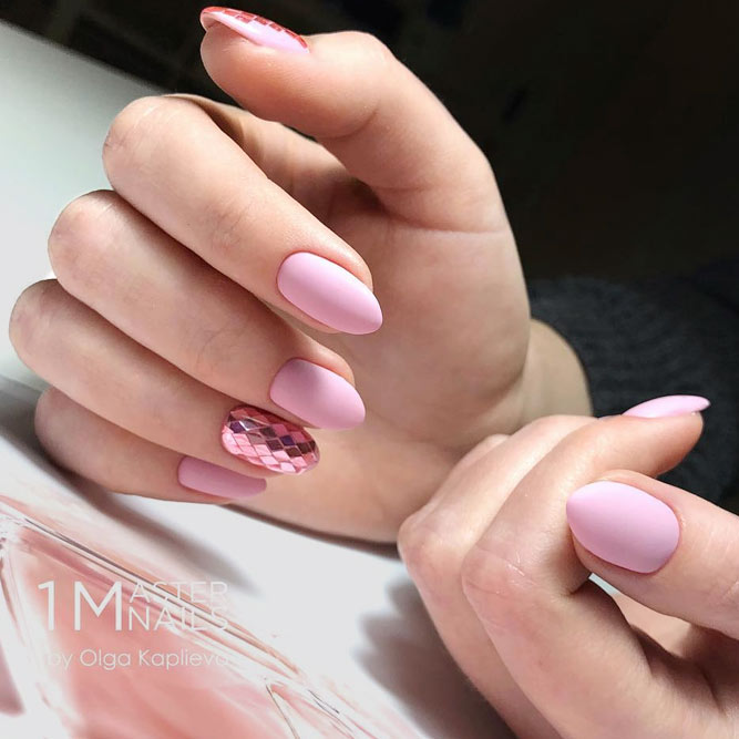 Blush Matte Nails With Sequins Design #almondnails #glitternails #sequinsnails #mattenails