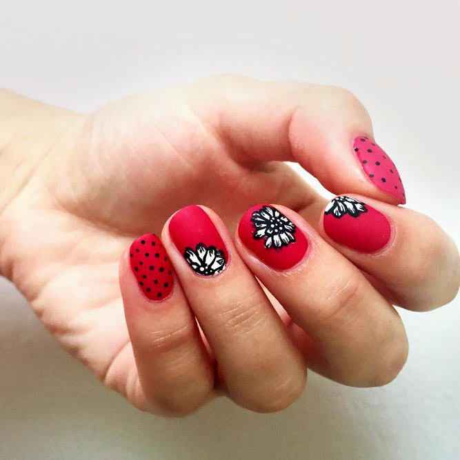 Pink And White Floral Pattern #flowernails #mattenails #pinknails