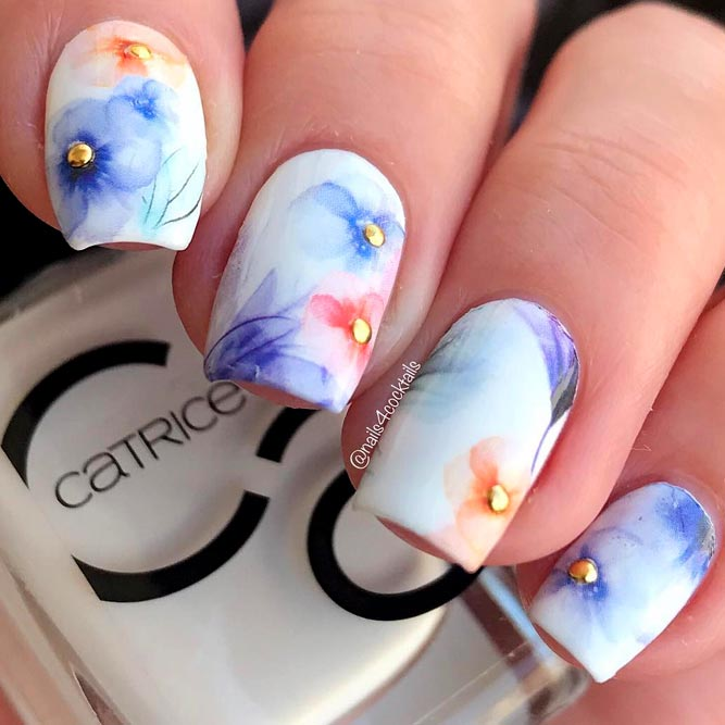 Watercolor Flowers Art #watercolornails #whitenails #flowernails