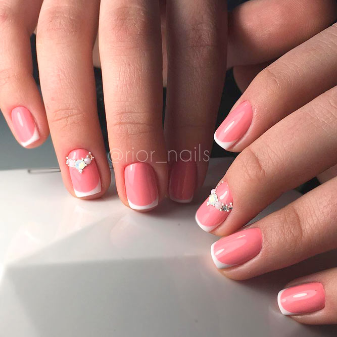 21 Summery French Tip Nail Designs | NailDesignsJournal.com
