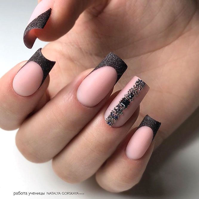 Unforgettable French Manicure