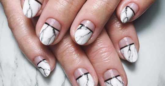 Marble Nails Easy Way to Create Trendy Manicure