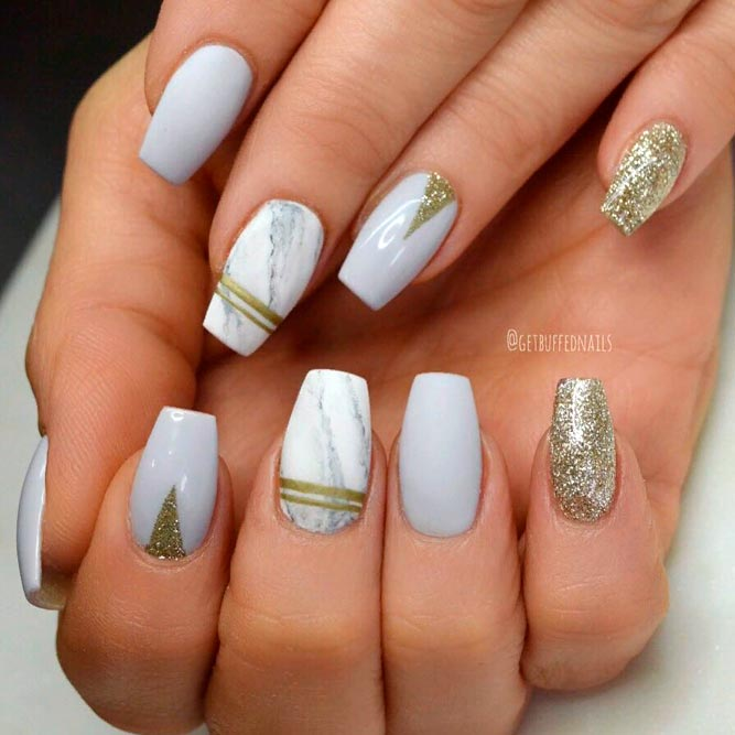 Nail Designs With Marble And Gold Glitter Accents #glitternails #coffinnails