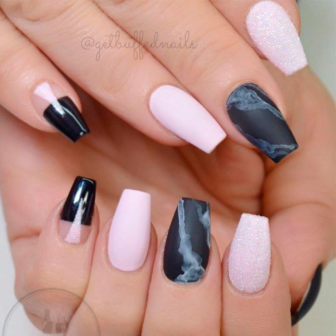 Pink And Matte Dark Marble Nail Design #pinknails #nattenails