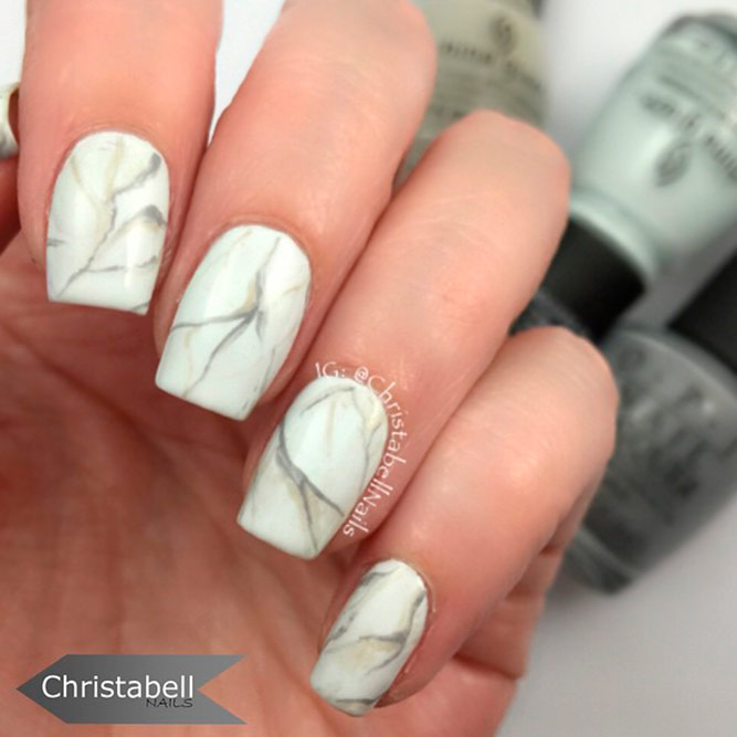 Cute Manicure with Easy Marble Designs picture 2