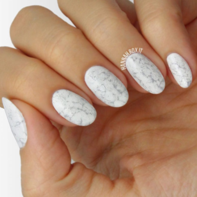 Cute Manicure with Easy Marble Designs picture 3