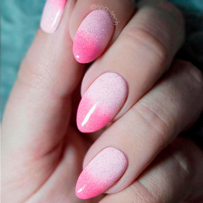 Ombre Glitter Nails Designs in Pink picture 3