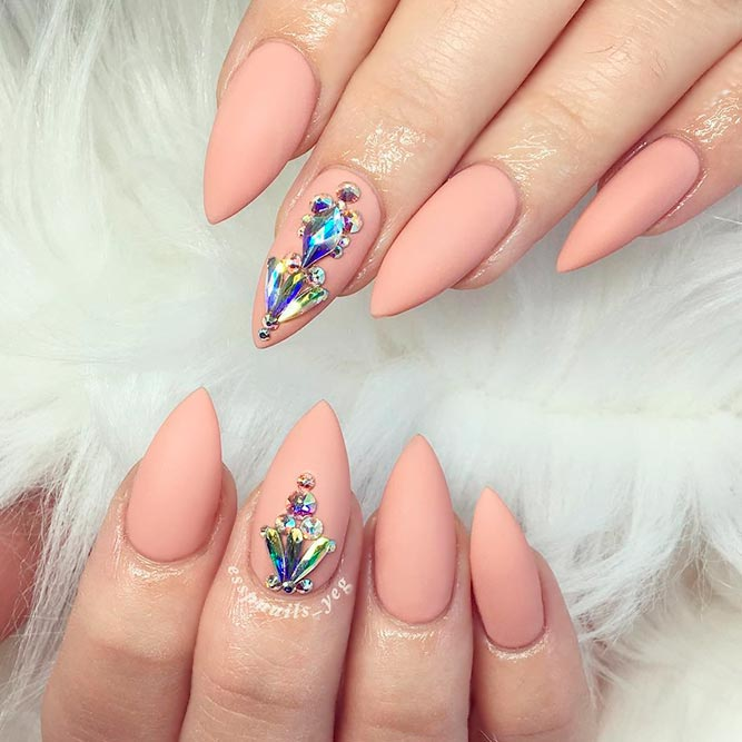 Luxury Stiletto Nails Ideas picture 3