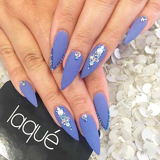 Stylish Matte Stilettos Nails picture 1