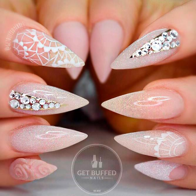 Elegant Stilettos Nails to Be Stylish picture 2