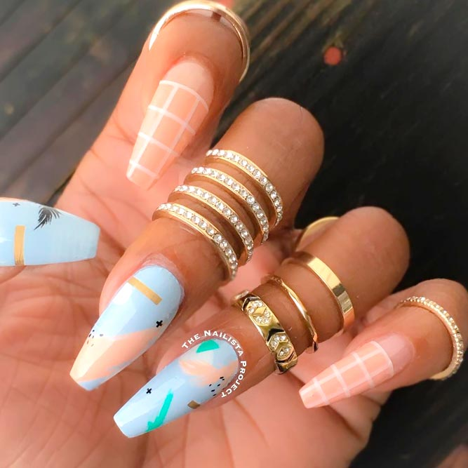Stunning Coffin Acrylic Nails picture 3