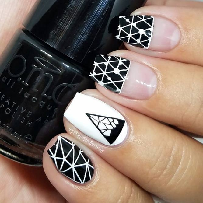 Black and White Nail Art picture 1