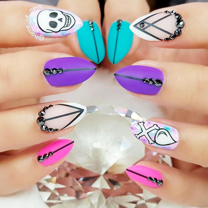 Lovely Short Stiletto Nails picture 1