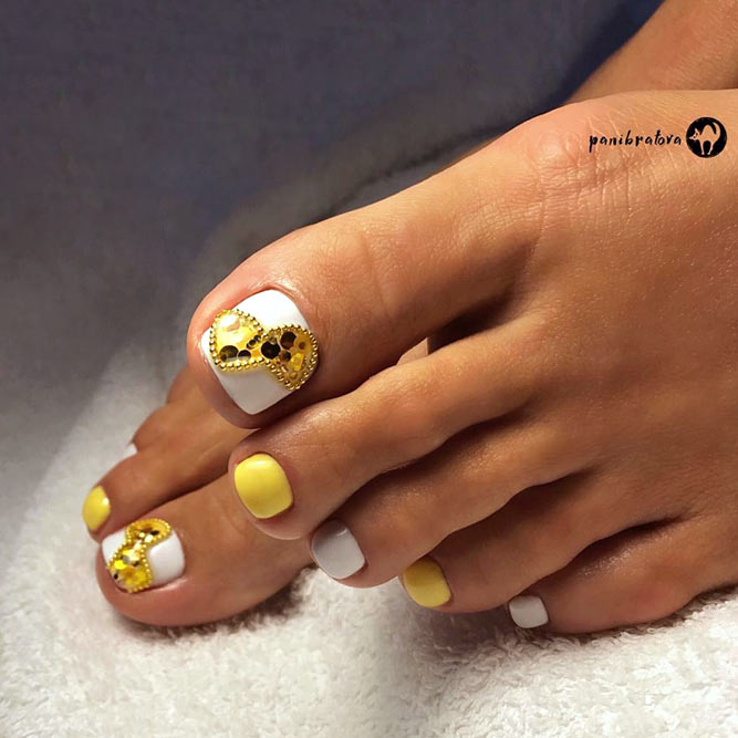 Yellow Nail Polish Toenails: Pedicure Ideas For Your Fabulous Nails