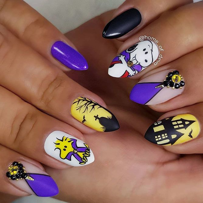 50 Scary Halloween Nails Designs | NailDesignsJournal.com