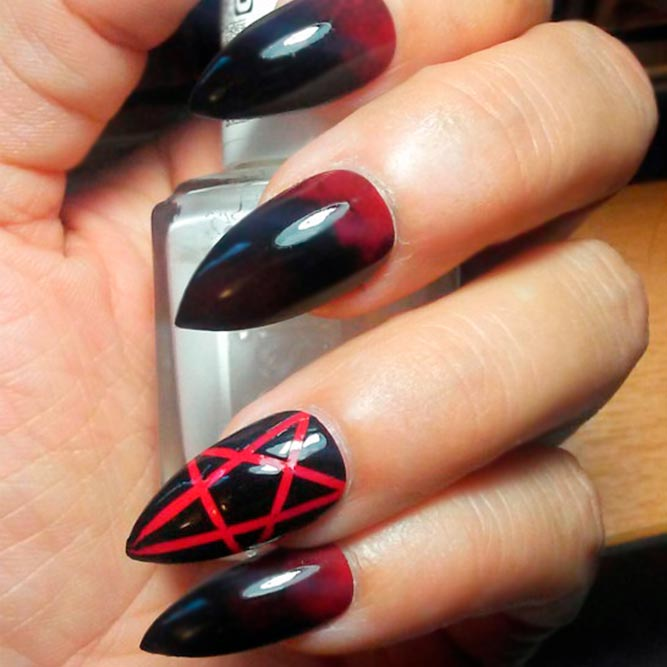 40 Scary Halloween Nails Designs | NailDesignsJournal.com