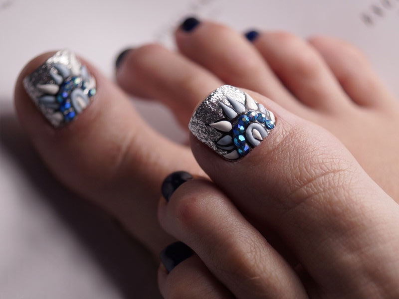 21 New Nail Designs For The Summer