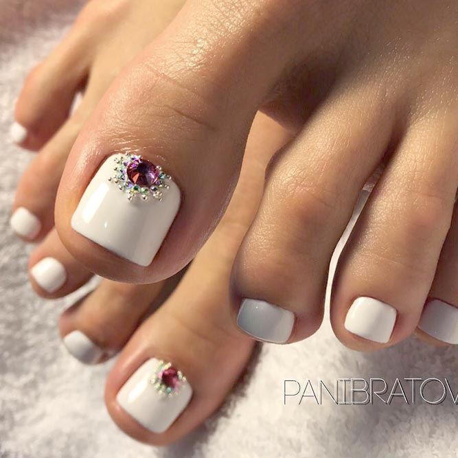 Stunning Ideas to Make All Eyes on Your Feet picture 1