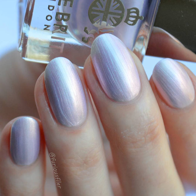 Metallic Nail Polishes For Business Ladies
