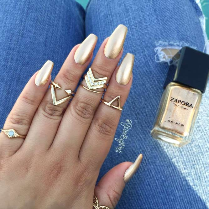 Golden Nails for Glam and Brazen Girls picture 1